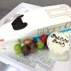 新幹線ケーキ 6号 4780円(税別)